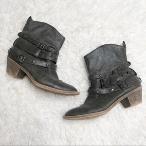 Missimo supply ankle booties 8 stud